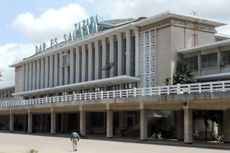 Estação de caminho-de-ferro de Dar es Salaam