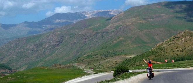 Pedaling á Hamilton Road - Eurasia