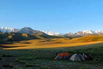 Acampar no Quirguistão