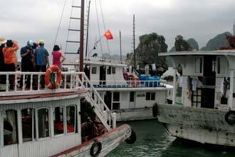 Há demasiado turismo em Halong Bay