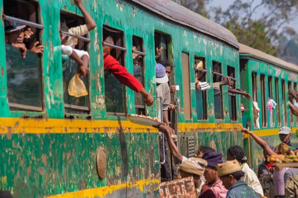 Viagem de comboio de Fianarantsoa a Manakara