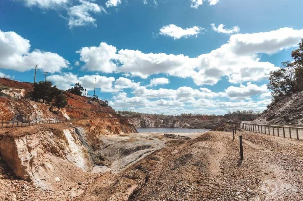 Visitar as minas de São Domingos
