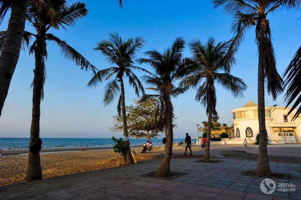 O que fazer em Muscat: Praia Qurum - Al Shati
