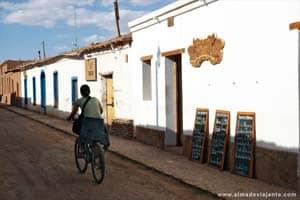Rua de San Pedro de Atacama, norte do Chile