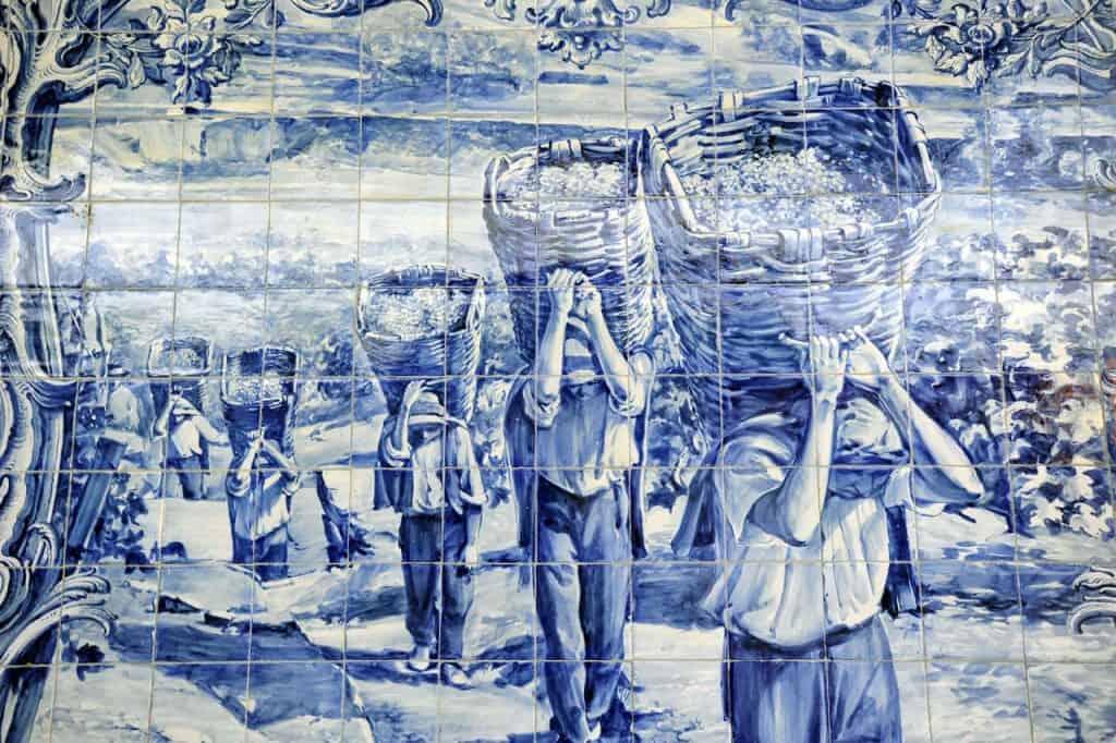 Azulejos na estação do Pocinho