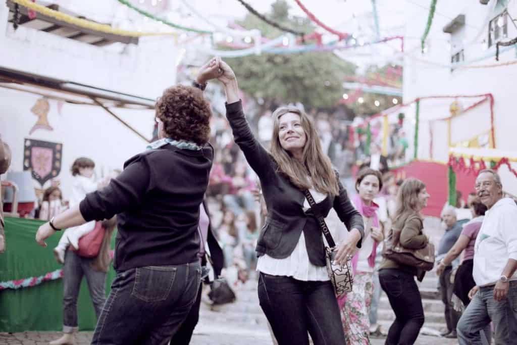 Dancing in Alfama