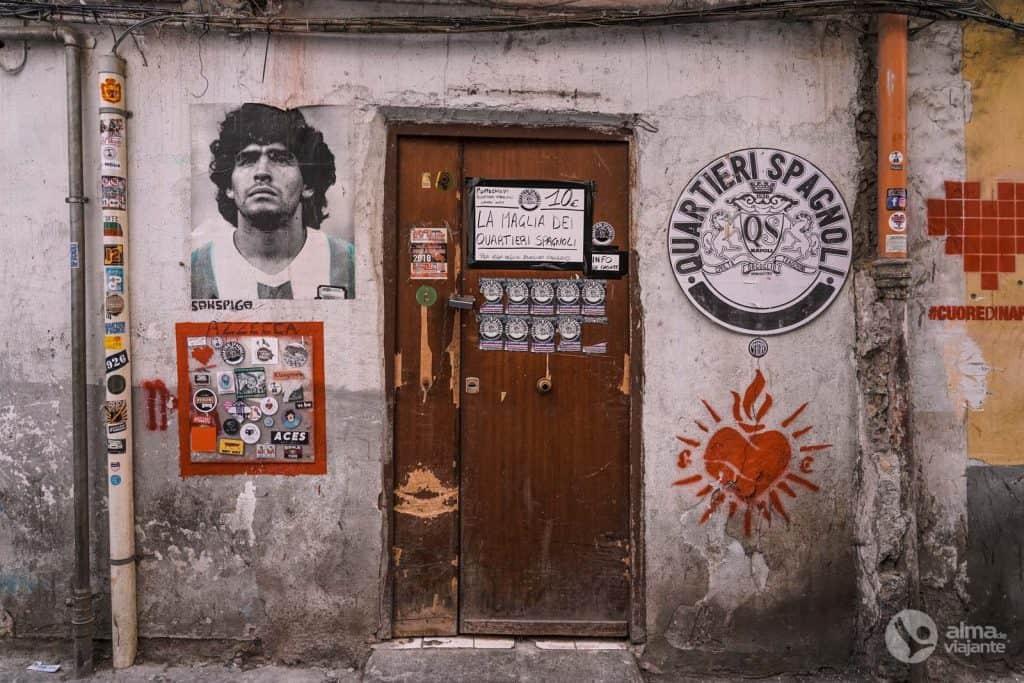Apmeklējiet Spānijas kvartālu Neapolē