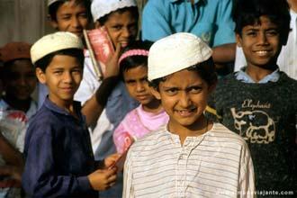 Crianças em Dhaka, Bangladesh