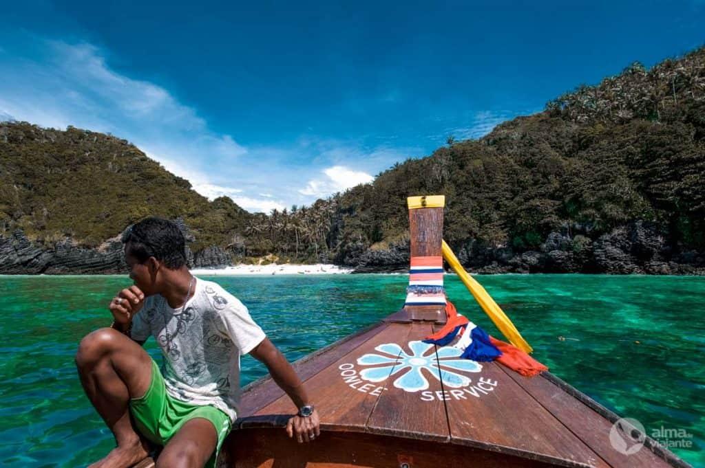 Barco em Phi Phi Leh