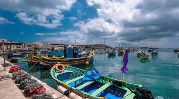 Marsaxlokk, a aldeia dos barcos com olhos