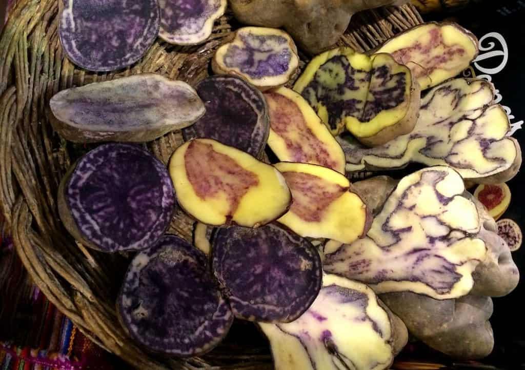 Batatas peruanas no Mercado Municipal