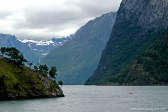 Fiordes Aurlandsfjord e Naeroyfjord, Noruega