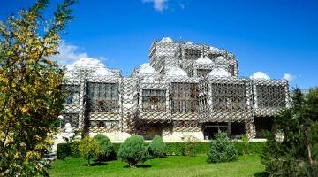 Pristina, uma capital surpreendente (e sete coisas que tem mesmo de fazer)