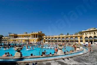 Banhos públicos de Szechenyi