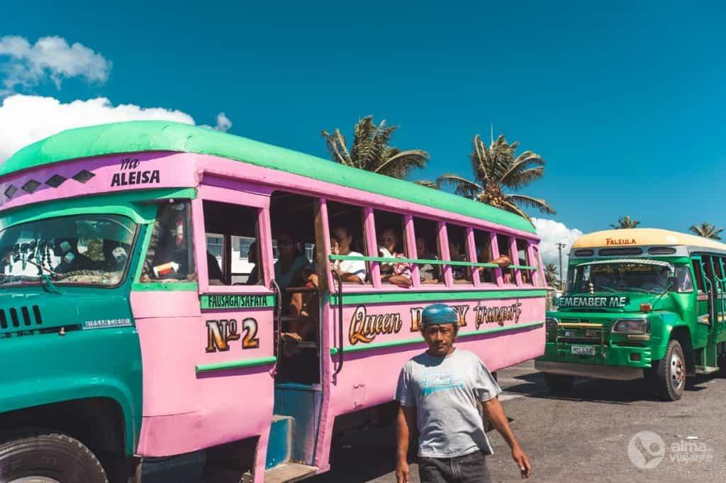 Bus em Apia, Samoa