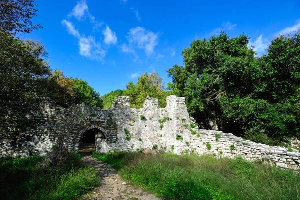 Wall Wall Butrint