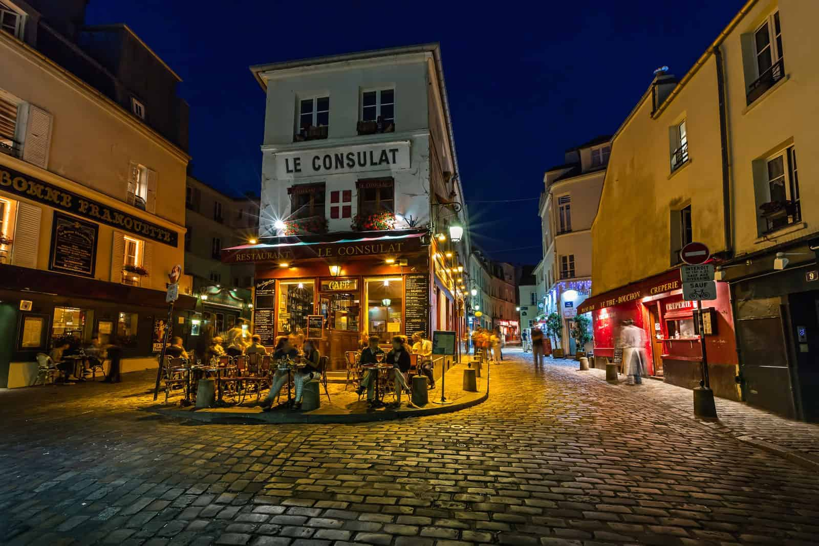 Visitar Paris: Café em Montmartre