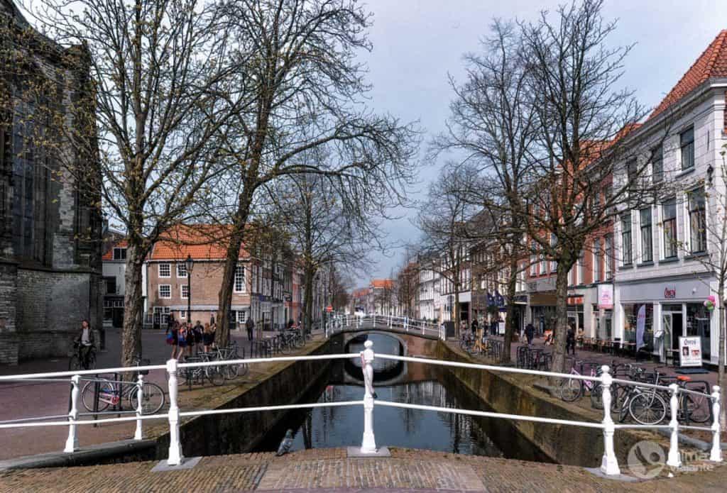 O que fazer em Delft: passear nos canais