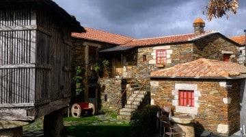 Gyönyörű ház a megmaradt Quintandona faluban