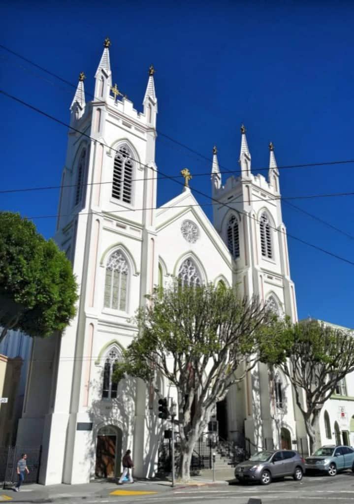 Ką daryti San Franciske: apsilankykite Šv. Pranciškaus Asyžyje