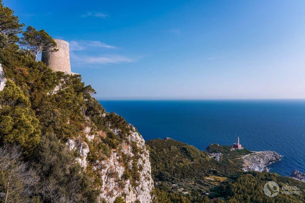 Farol Punta Carena, Capri
