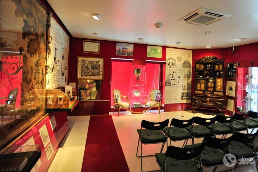 Visitar o Museu Farina, Colónia