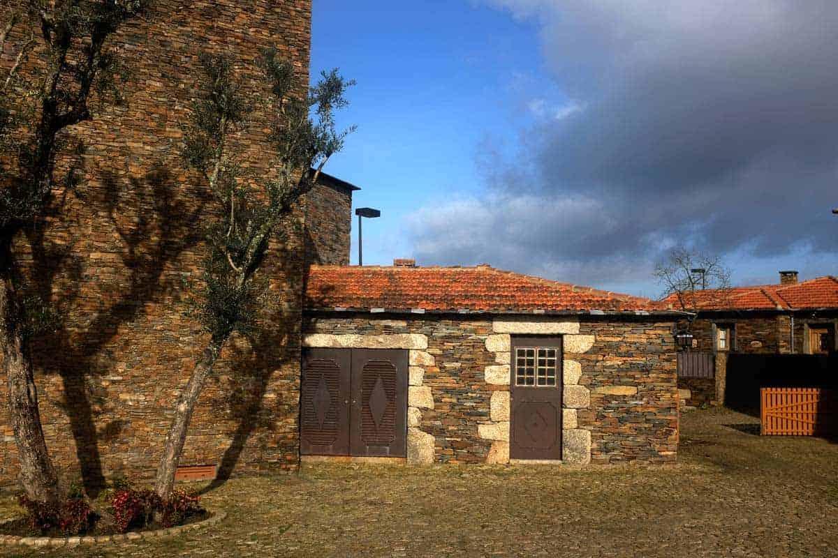 Arquitetura de xisto em Quintandona