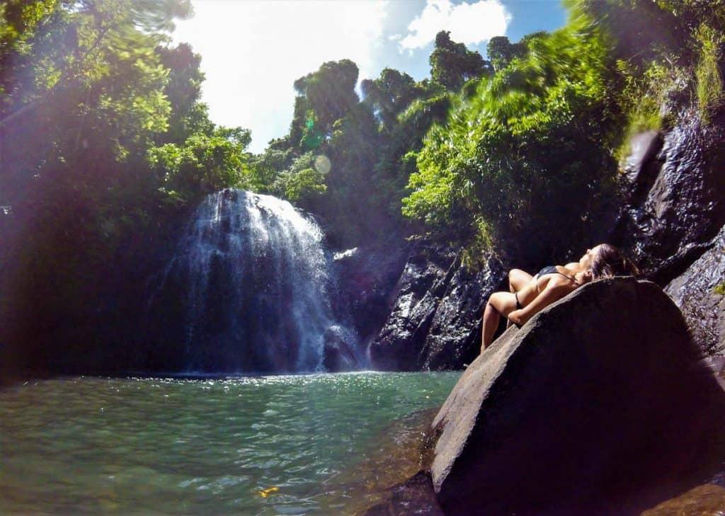 Viver em Vanua Levu: visitar cascatas