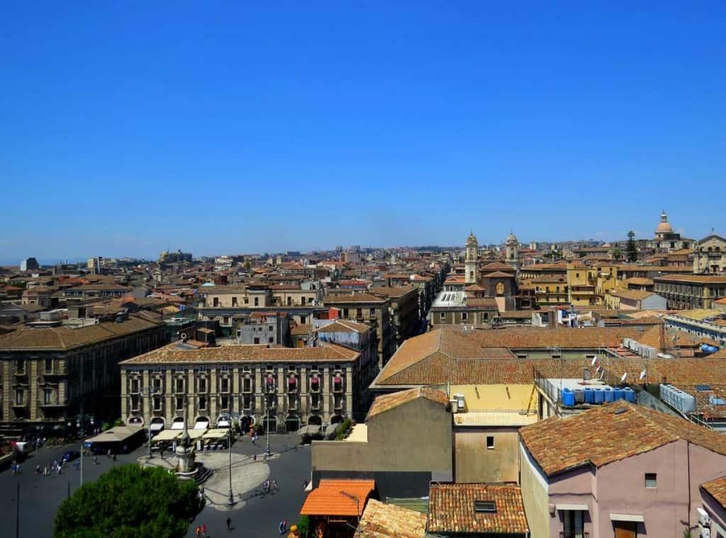 Visitar Sicília: Catânia visto do topo da igreja Badia di Sant'Agata