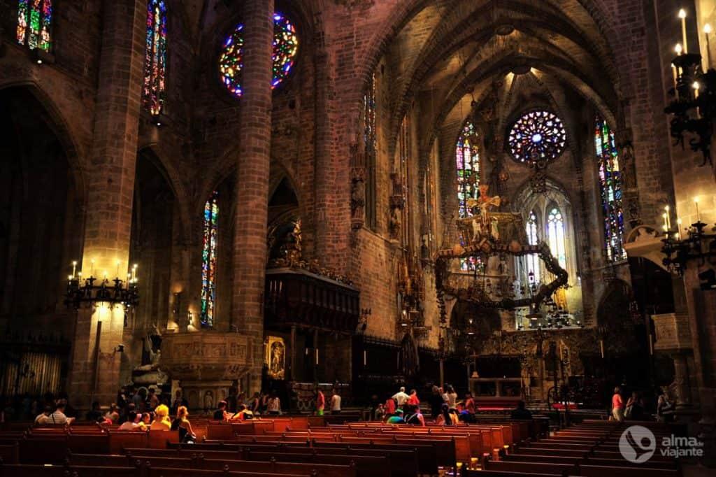 Nave central da Catedral de Palma de Maiorca