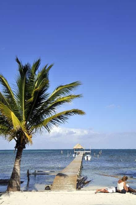 Turistas em Caye Caulker, Belize