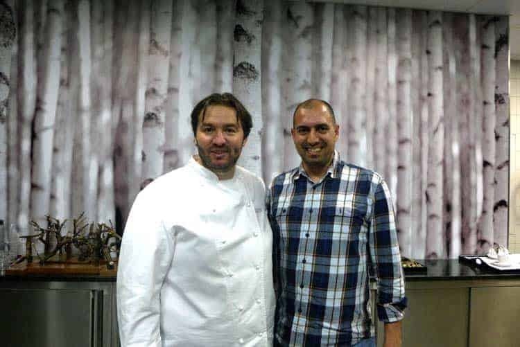 Com o chef Vitor Matos na cozinha do restaurante Largo do Paço, em Amarante