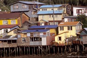 Casas sobre estacas em Chiloé