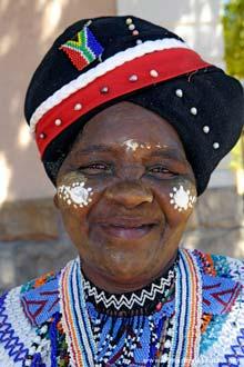 As danças tradicionais descem às docas da Cidade do Cabo durante os fins-de-semana