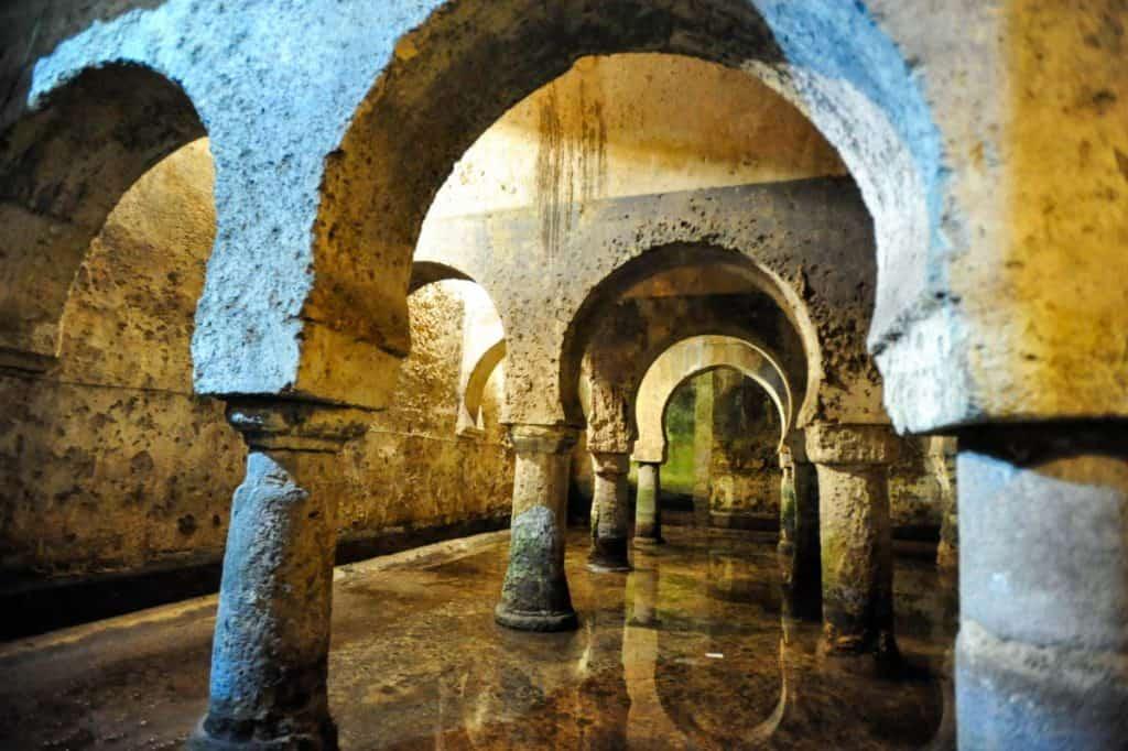 Cisterna hispano-árabe no Museu de Cáceres