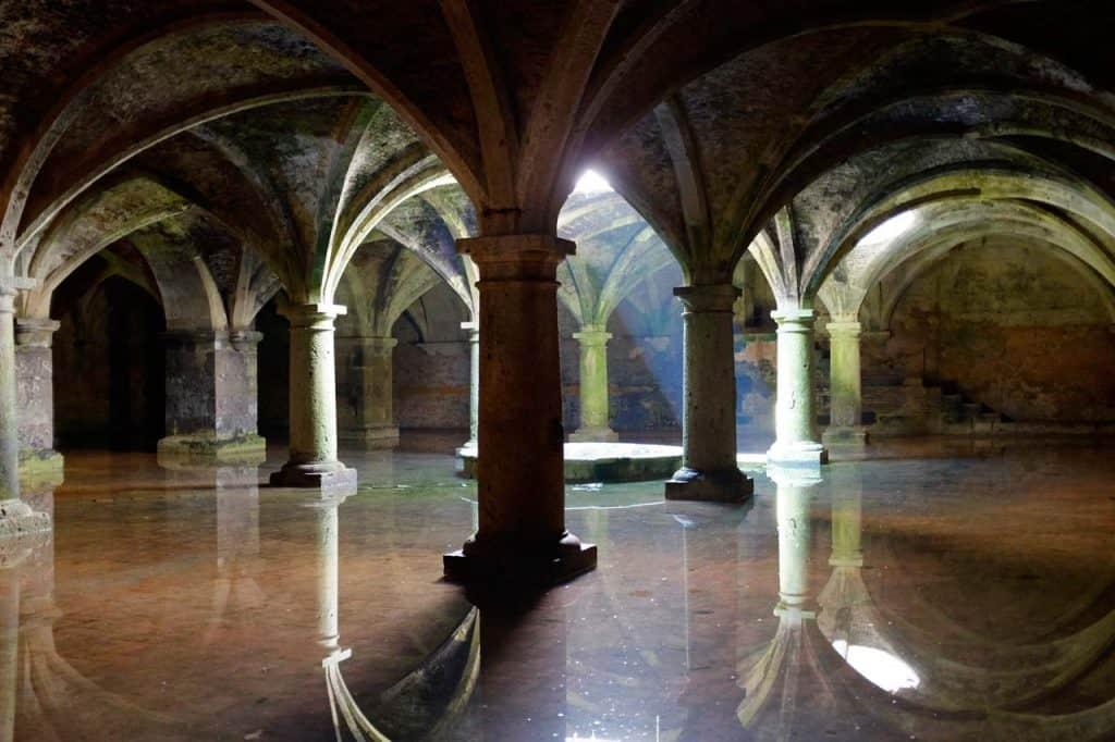 Interior de la cisterna portuguesa del Jadida