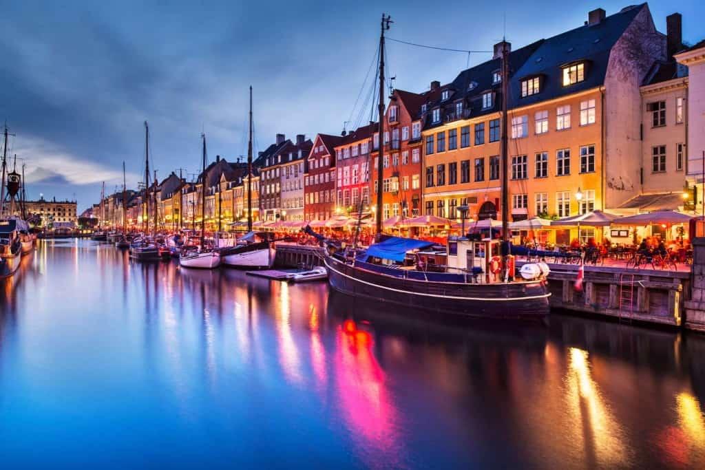 Kur apsistoti Kopenhagoje: Nyhavn