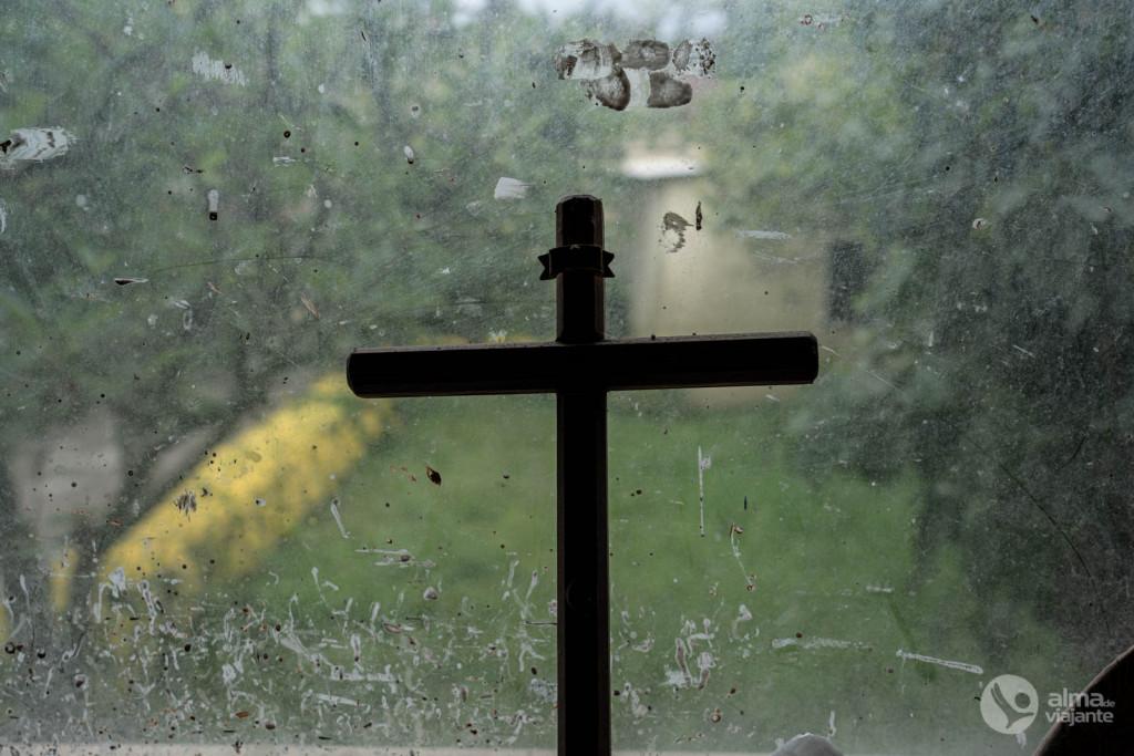 Cruz na janela