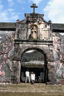 Forte português em Damão, Índia
