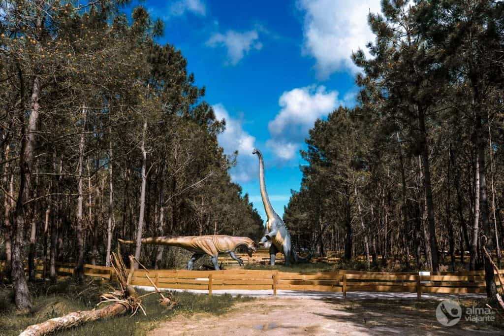 Ferðast með hjólhýsi í Portúgal: Dino Parque da Lourinhã