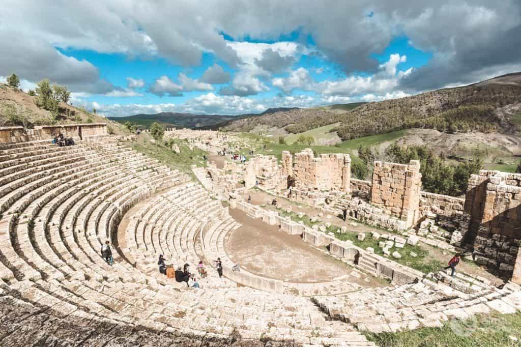 O que visitar na Argélia: Teatro romano de Djémila