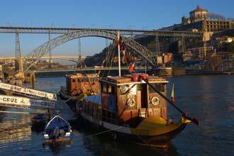 O Douro junto ao centro histórico do Porto