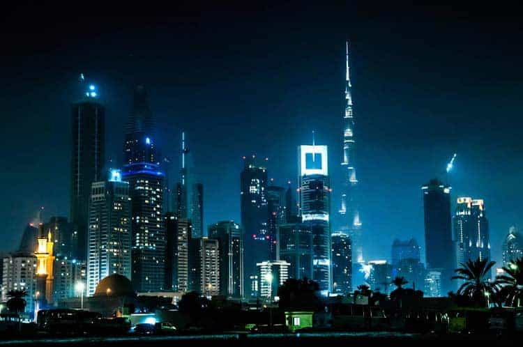 Skyline do Dubai à noite