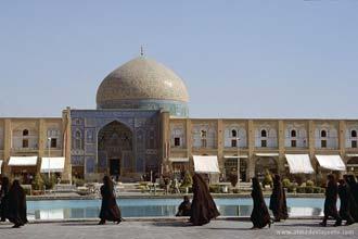 Mesquita do Sheikh Lotfollah, na praça Emam Khomeini em Esfaão