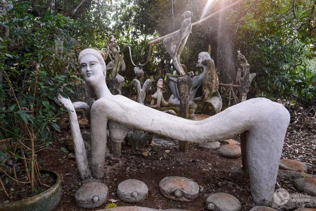 Estátuas de Somchai