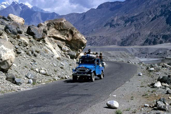 Karakorum Road, Pakistan