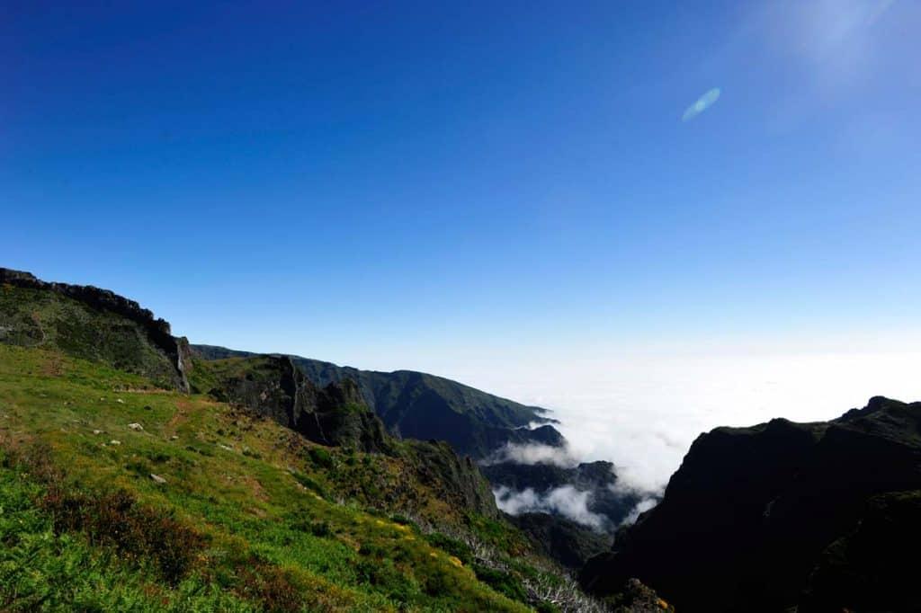 Estrada de acesso ao Pico do Arieiro