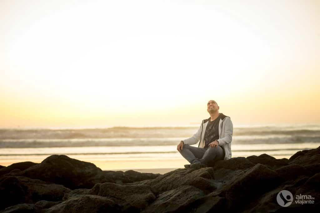 Filipe Morato Gomes na praia de Matosinhos