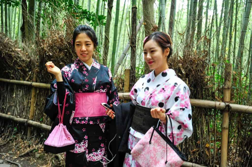 """Apsilankymas Kioto: """"Arashiyama"""" bambuko miškas"""