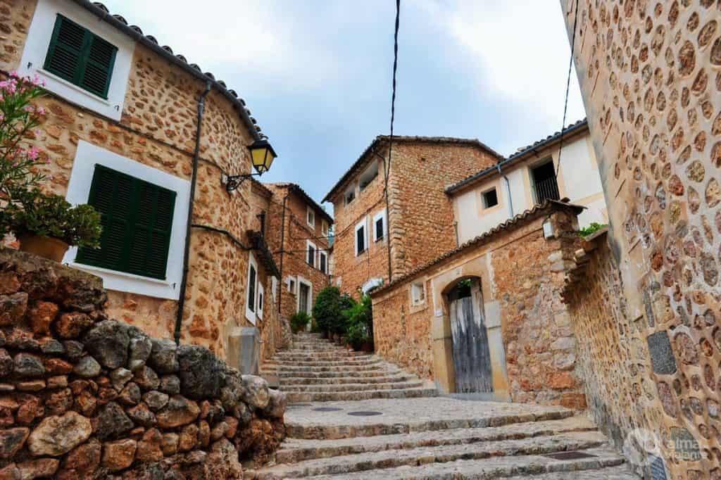 Aldeia mais bonita de Maiorca: Forlalutx